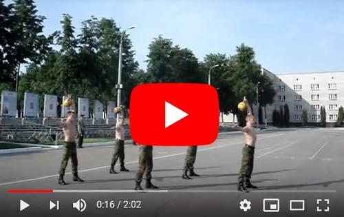 俄羅斯軍隊訓練項目之一-壺鈴