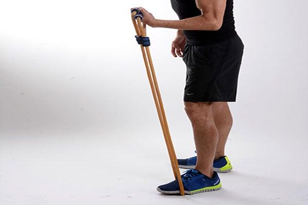 彈力繩是適合在家健身的器材