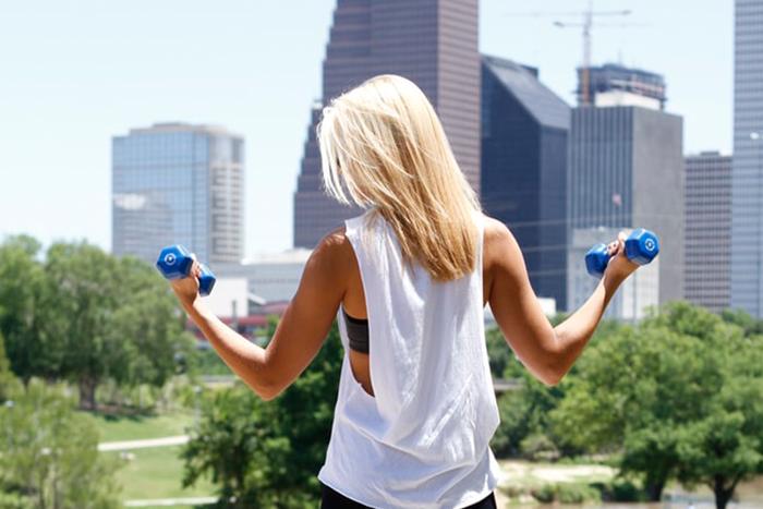 要擁有漂亮的手臂線條,不能只做二頭肌訓練,必須均衡的鍛鍊上肢喔!