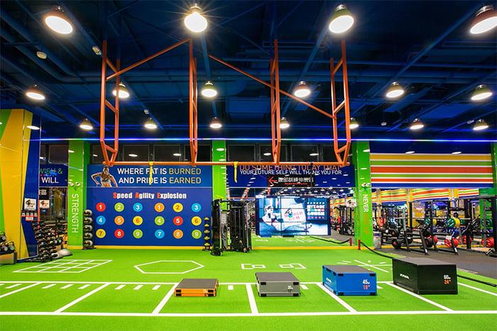 健身房規模有大有小,有寬敞的運動空間可以多使用。