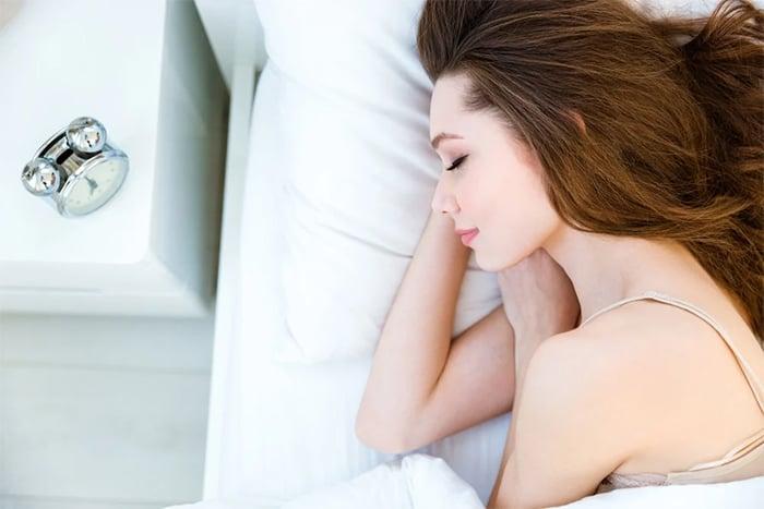 充足睡眠改善耳鳴