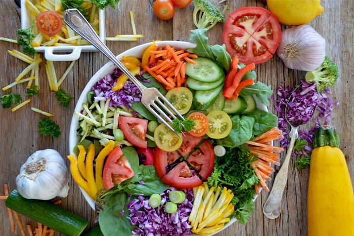 多吃高纖維食物有助於改善消化系統 提高免疫力