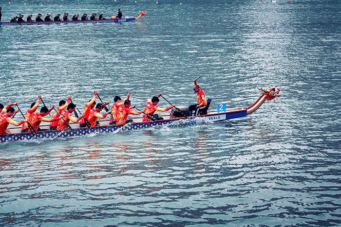 划龍舟 端午節 戴香包 粽子 划龍舟如何避免運動傷害