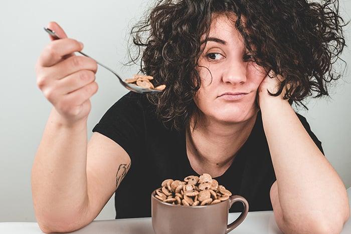 吃不飽 點心 嘴饞 吃不停 喪失飽足感