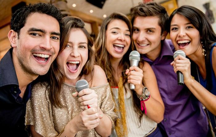 愛唱歌的人容易聲音沙啞  夜唱 嘶吼 飆高音