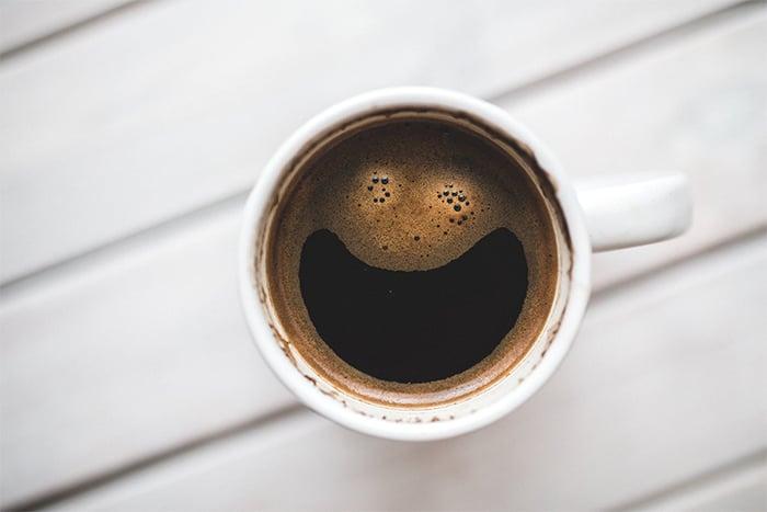 喝咖啡不能解宿醉
