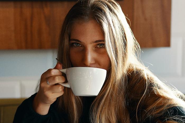 喝咖啡的好處-緩解頭痛