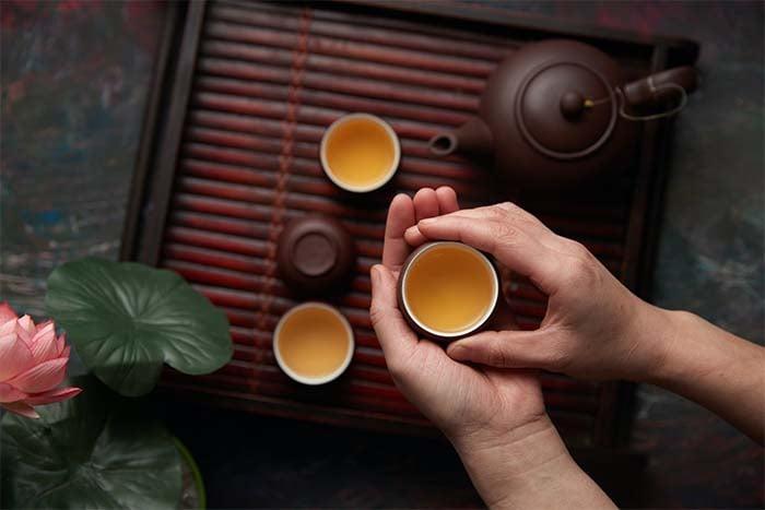 喝綠茶能幫助減少臉上痘痘