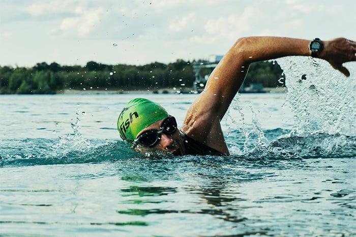 增強心肺耐力 可以選擇有氧運動 游泳
