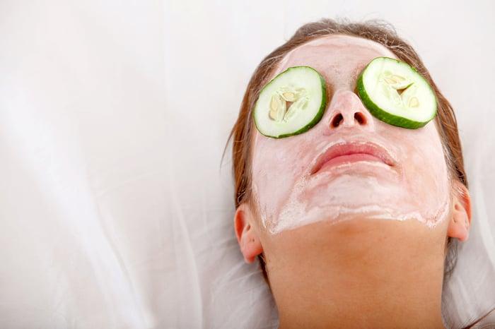 治療黑眼圈 小黃瓜敷眼睛