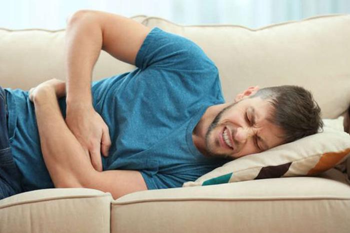 胃潰瘍嚴重會發生「胃穿孔」!