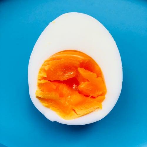 悶4分鐘水煮蛋會半熟