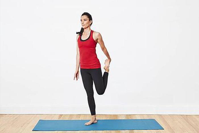 肌肉型瘦下半身運動-大腿前側伸展