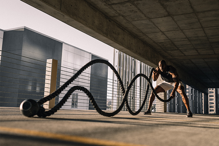 循環訓練 動作選擇 戰繩 運動變化 增加趣味性