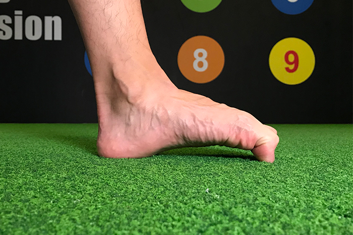 扁平足肌力訓練 腳掌往下抓