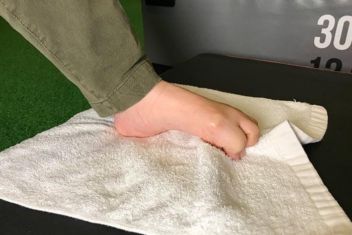 扁平足肌力訓練 足弓肌肉抓毛巾