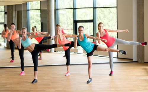 拳擊有氧,因為消耗熱量超高、也是分類為爆發力強的運動,在運動時必須注意以下6件事,才能避免受傷唷!