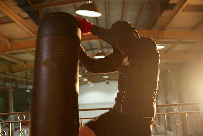 瘦子運動地獄減脂方法,168斷食+高強度運動
