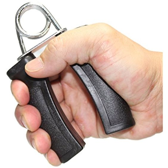 拳頭力量決定生命長短?6動作加強握力健康又長壽!握力器