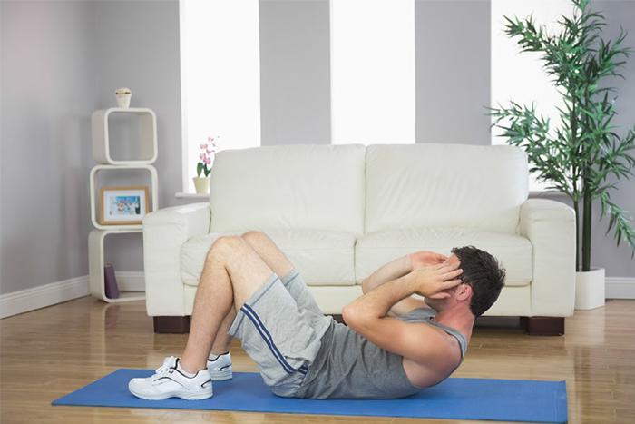 捲腹注意事項-在瑜珈墊上做