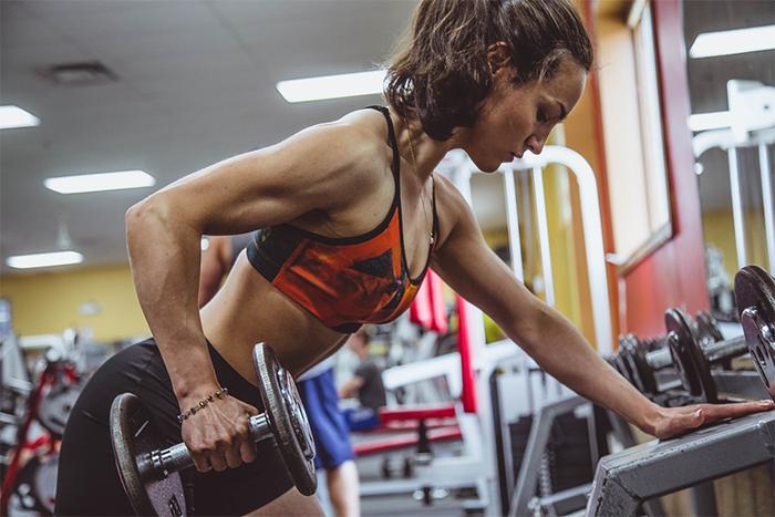 設計課表的方法-專門性訓練,針對一種訓練目標,用不同的訓練方式刺激固定肌群。