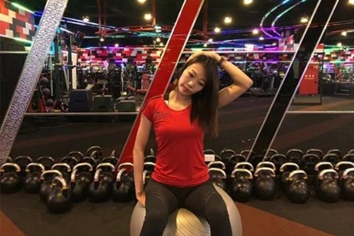 改善圓肩 斜方肌上部拉伸 改善肩頸痠痛