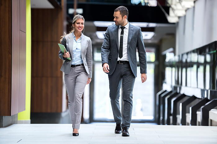 如何培養運動習慣?融入生活 走路 會議 拜訪客戶