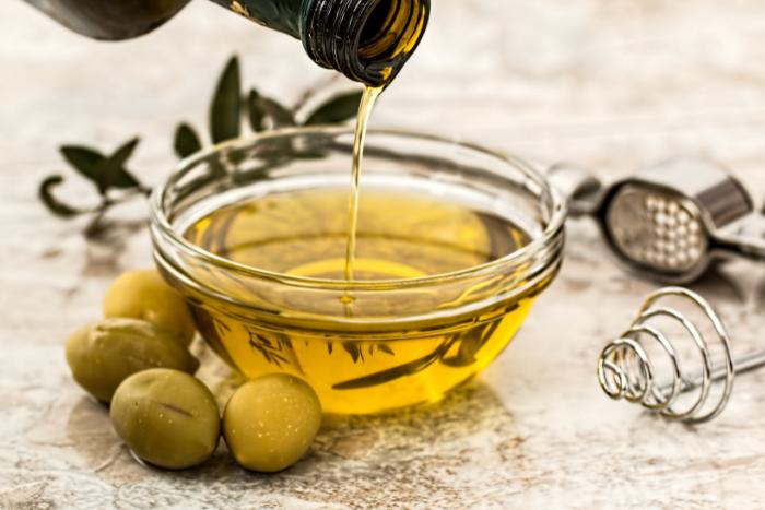 攝取不飽和脂肪有助於降低三酸甘油酯