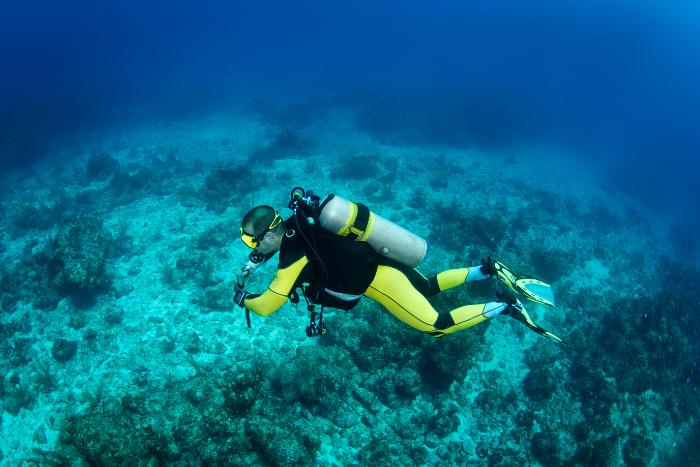 水肺潛水裝備全攻略-調節器、氣瓶