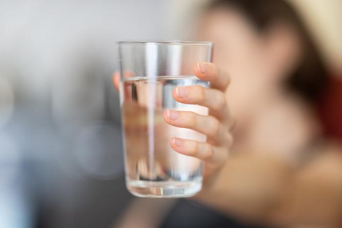 水要這樣喝才有效!多喝水還能大大降低心臟病發生率