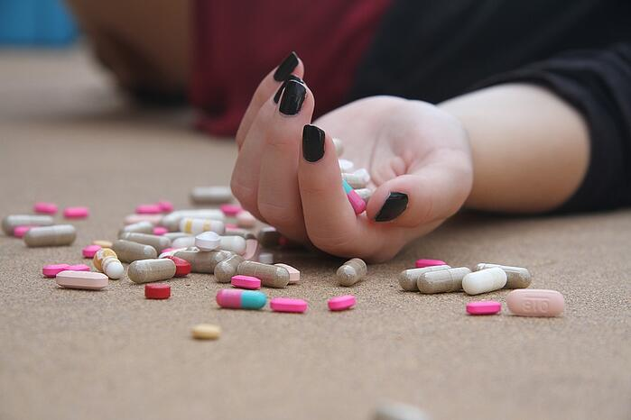 憂鬱症 濫用藥物 濫用酒精 惡化憂鬱症