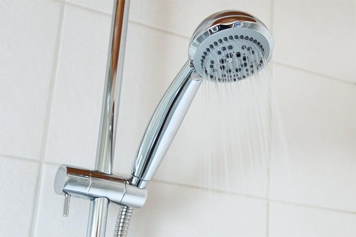 熱水流出前的冷水再利用