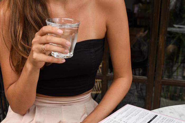 培養8大瘦腰生活習慣-多喝水、避免含糖飲料