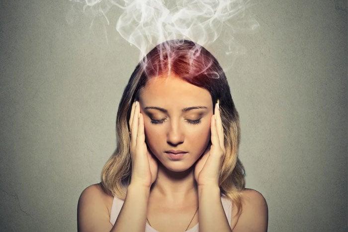 精神壓力大導致偏頭痛 6招緩解