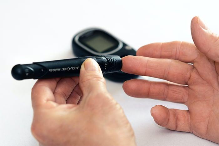 糖尿病 定期檢查 血糖檢測 血壓 血脂