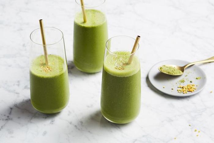喝綠拿鐵代替一餐,可以減少總卡路里,也增加了纖維的攝取量。