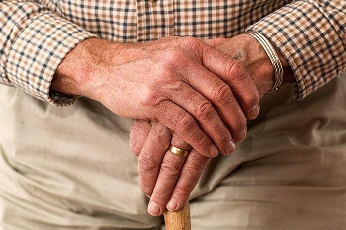老化與年齡 都增加瘀青的風險