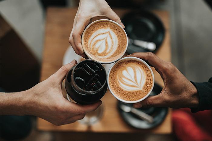 預防耳鳴方法-不要攝取太多咖啡因