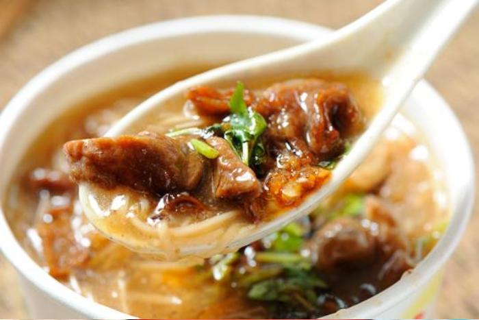5大勾芡小吃熱量-肉羹麵