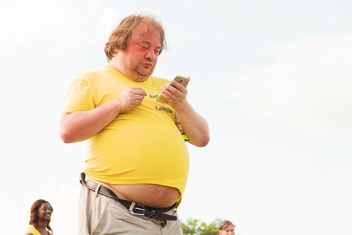 造成富貴包的原因-體重過重