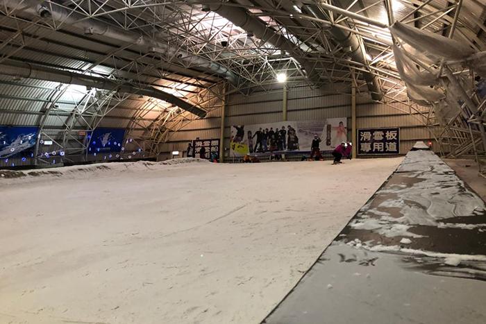 重現冰雪奇緣的場景:小叮噹滑雪場