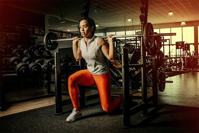 重訓 舉重 槓鈴 自由重量 機械式器材 健身