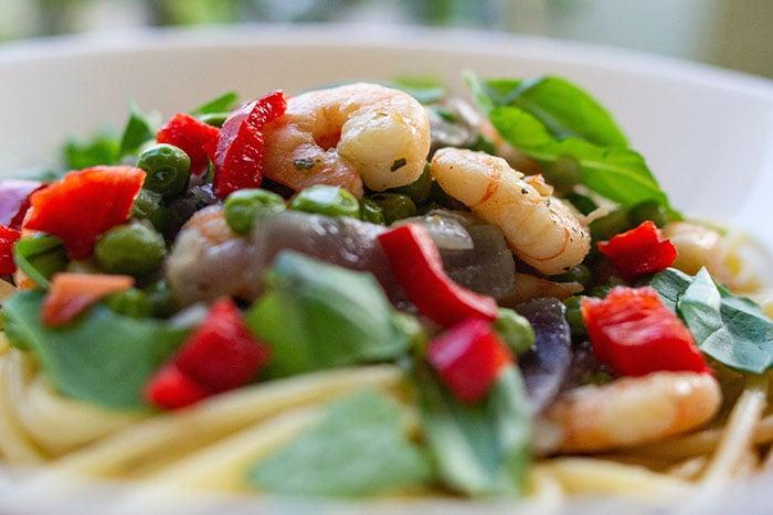 鮮蝦冷麵沙拉