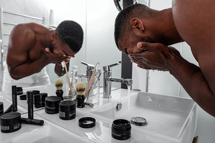擺脫毛孔粗大-選對清潔產品