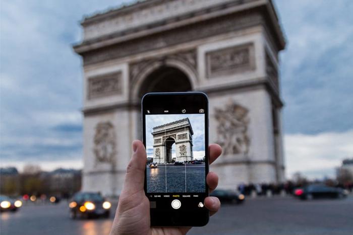 手機中的九宮格線,可以幫助我們更快掌握畫面的構圖