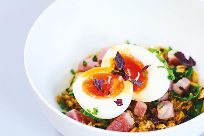 燕麥食譜推薦-鮮味培根、細香蔥、紫紅藻雞蛋燕麥片