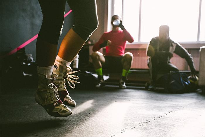 跳繩 有氧運動 強化心肺功能 燃脂 協調性