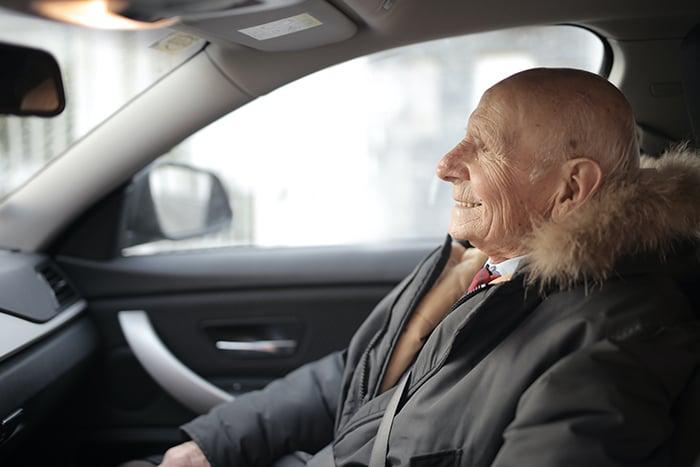 50歲以上的年長者 容易暈車