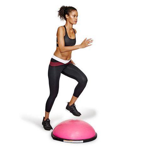 BOSU半圓平衡球能提高運動強度,達到燃燒脂肪的效果。
