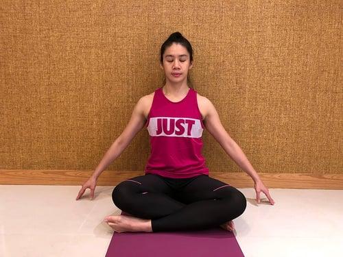 孕婦瑜珈-靜坐呼吸,放鬆身體